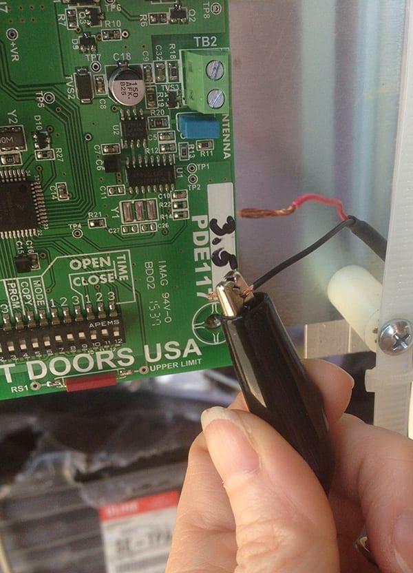 Attach Alligator Clip to Antenna Wire